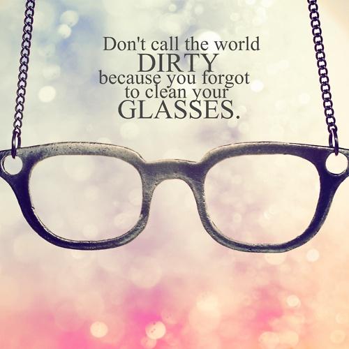 نظارة بالانكليزي